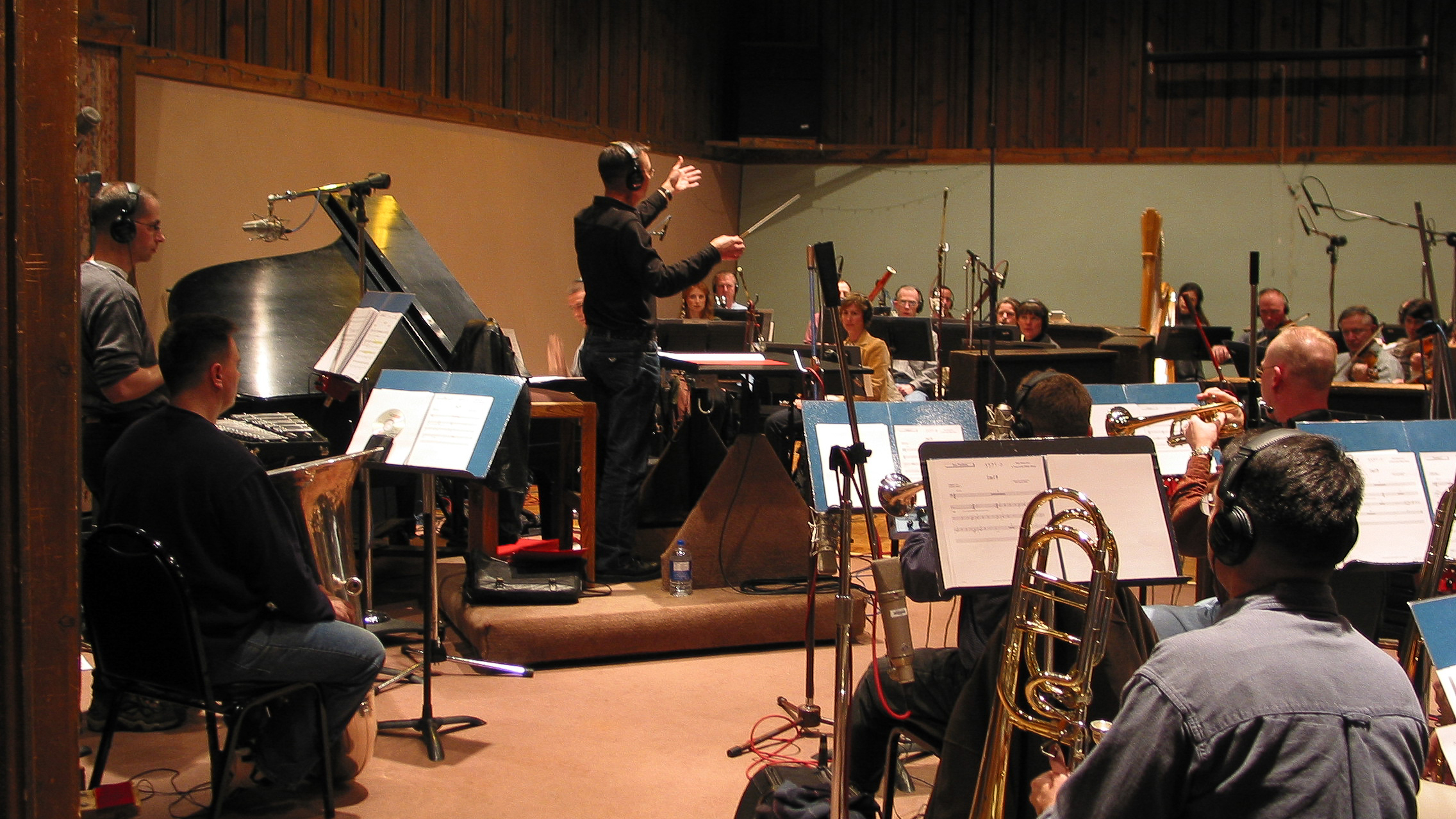 marine band recording the soundtrack for the white house visitor center film